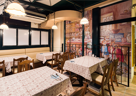 PETERRABBIT-Garden-Cafe_jiyugaoka3.jpg