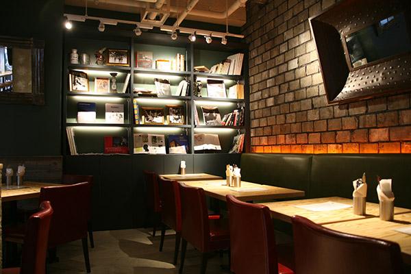 chelsaecafe2.jpg