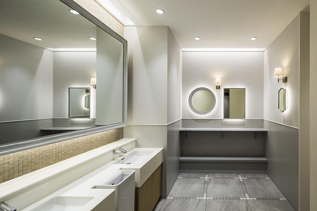 女性用トイレ内パウダールーム